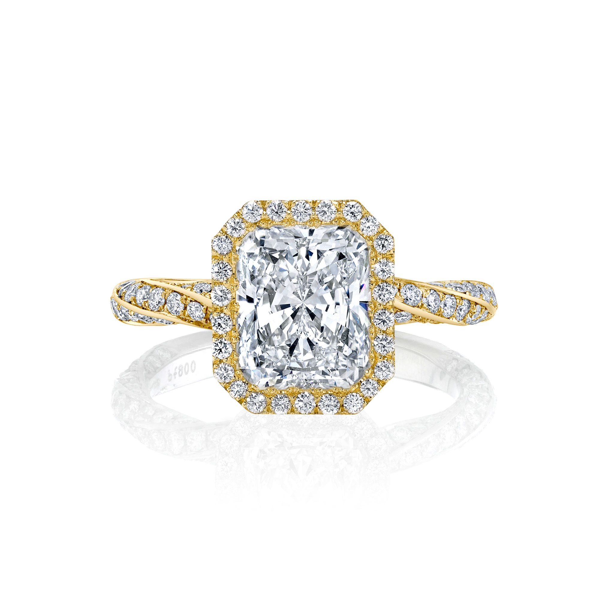 Camille Seamless Halo® Engagement Ring Radiant Cut with 18k yellow gold twisted pavé band