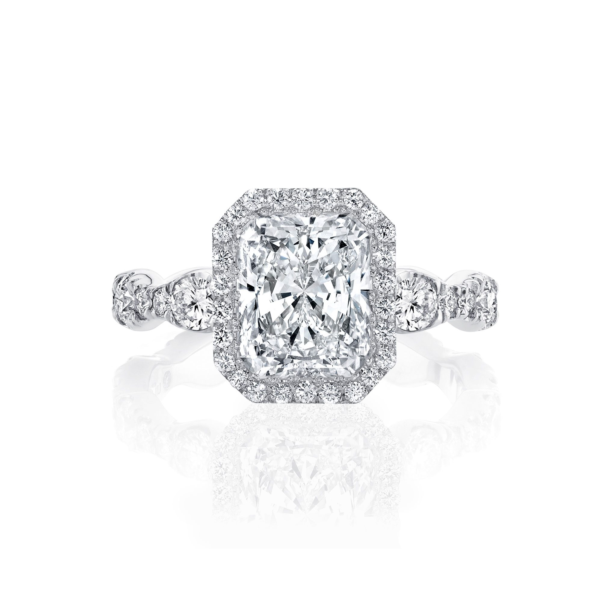 Yvonne Seamless Halo® Engagement Ring with Lab Grown Radiant Cut Diamond in 18k white gold