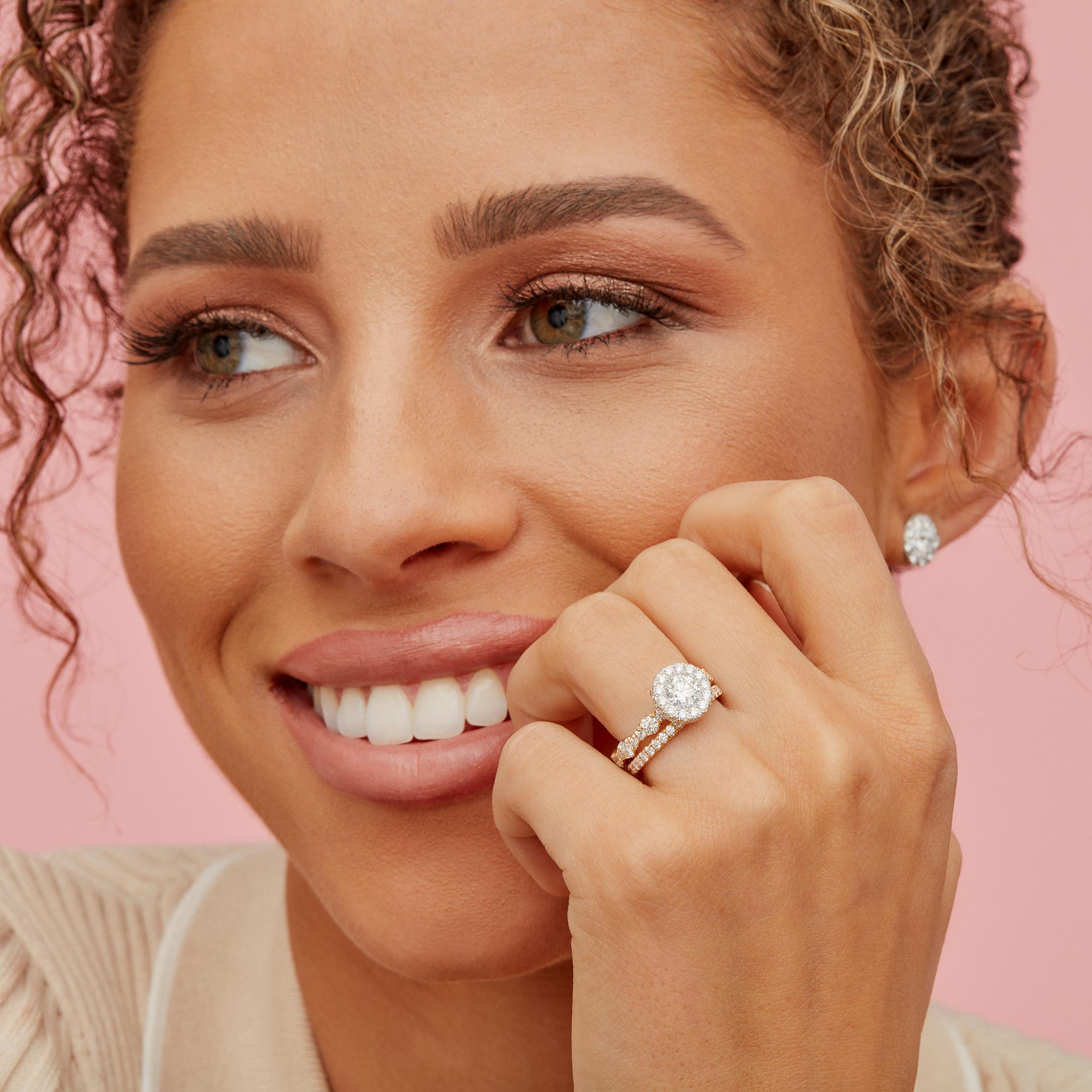 Yvonne Round Brilliant Seamless Halo® Engagement Ring with a diamond pavé wave band in 18k Yellow Gold Model Lifestyle by Oui by Jean Dousset