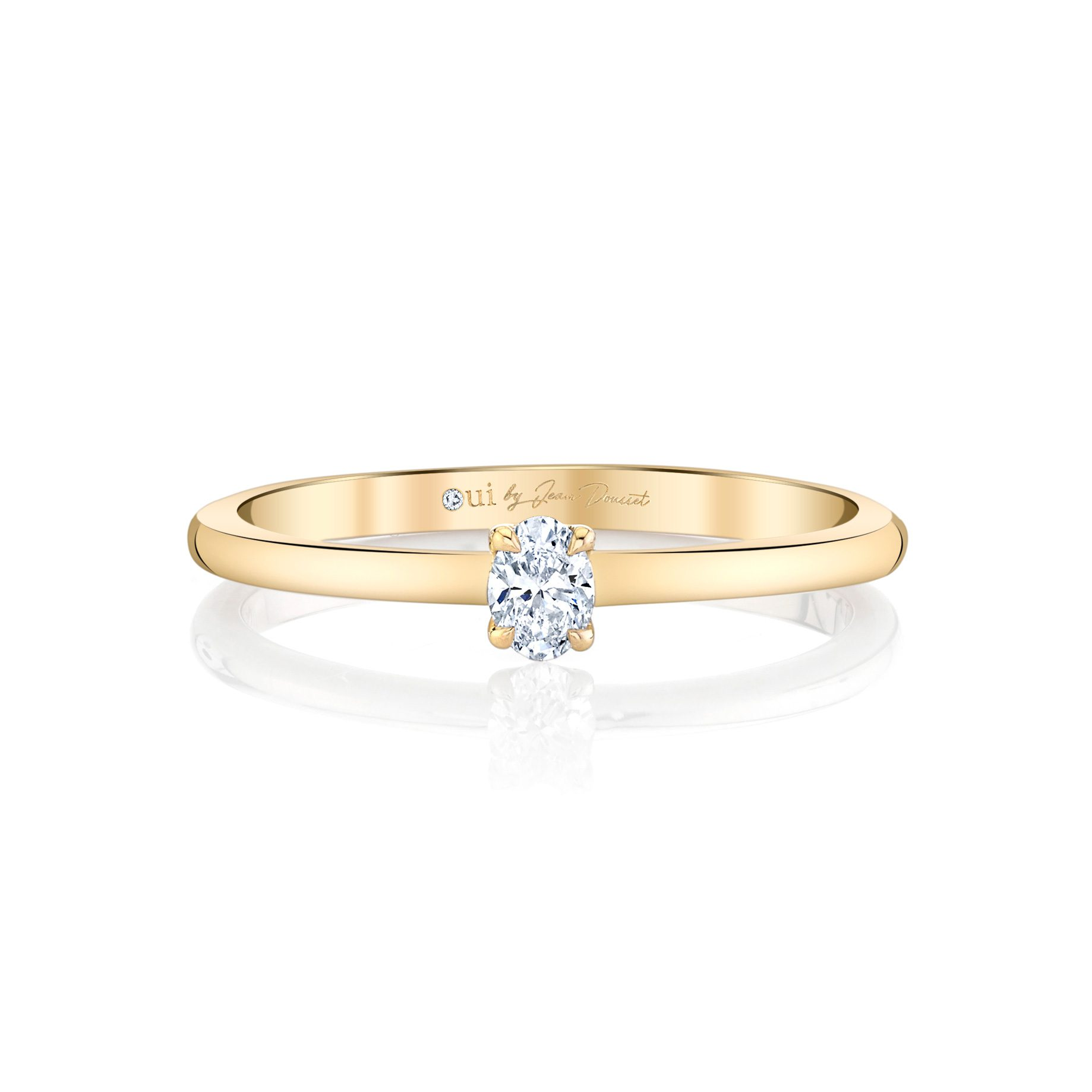 La Petite Oval Diamond Wedding Band in 18k Yellow Gold Front View by Oui by Jean Dousset