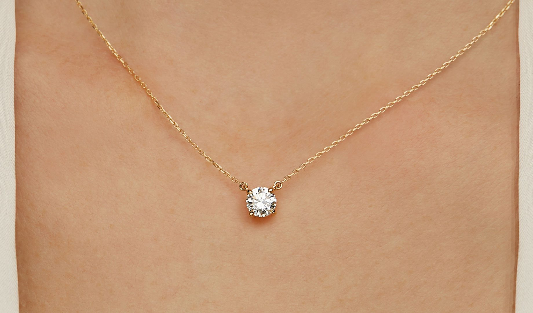 Lab Grown Diamond Pendant Necklace in 18k Yellow Gold from Oui by Jean Dousset